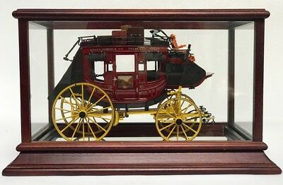 FRANKLIN MINT WELLS FARGO 1886 OVERLAND STAGECOACH Scale - 1:16 Precision  Model