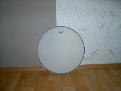 "Remo Bass Drum Fell 20""  Weiß"