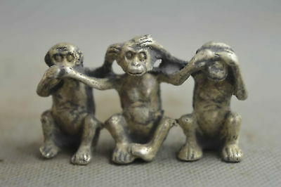 Collectable Handwork Decor Old Miao SIlver Carve Facetious Hug Monkey Statue