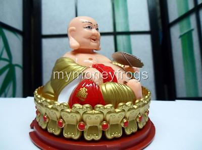 Solar Power Chinese Oriental Feng Shui Wealth Lucky Happy Buddha Car Bobble Head