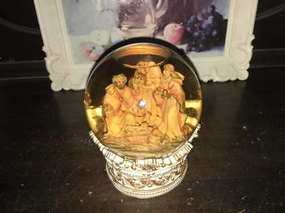 Vintage Christmas Snow Dome/globe Baby Jesus & 3 Wise Men - Ornament/decoration/