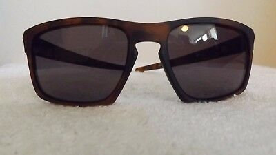 ef177e4b88 Oakley Sliver Sunglasses Matte Brown Light O Matter Frames Brown Lens  009262-03