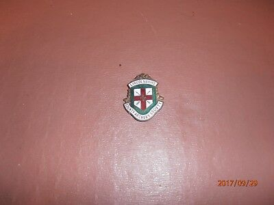 Lincolnshire County Archery Society Enamel Enamelled Pin Badge