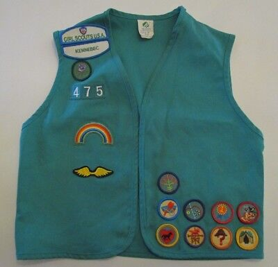 GSA Girl Scout Junior Vest with 16+ Patches Sz Med Green