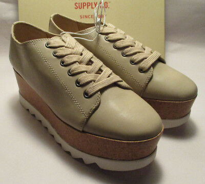 0d5b6178587 New in Box Mossimo Juniper Womens 9M Tan Platform Lace Up Creeper Style  Sneakers