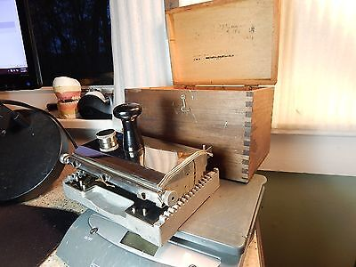 RARE!! Cardmaster of Chicago Ill. Geared Roll Ink applicator Blotter Card Maker
