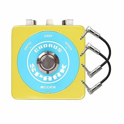 Mooer Spark Series Chorus Compact Guitar Effects Pedal w/ 2 Patch Cables