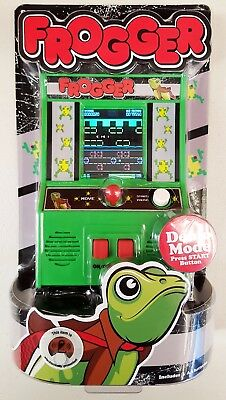 FROGGER Classic Video Arcade GAME - Portable Battery Operated Hand Held Toy NEW!