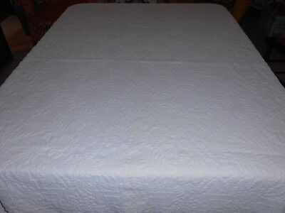 Antique White Coverlet In A Pretty Pattern, Circa1920