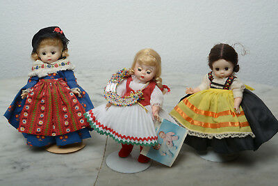 Madame Alexander 8in Dolls of the World. lot of 11. Need stringing, no boxes