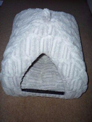 Plush Warm Winter Bed Igloo House Basket For Cat or Dog Pale Grey