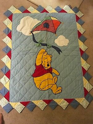 Winnie the Pooh crib quilt use as wall hanging Disney