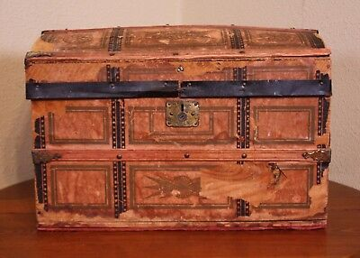 *Distressed Leather Wood Antique Vtg Sm Victorian Steamer Mini Travel Trunk Doll