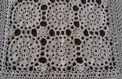 Vintage Crochet Lace Table Runner Queen Anne Snowflakes Ecru Cotton 40""
