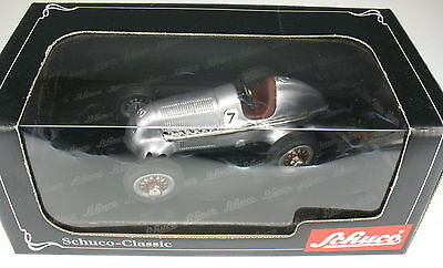 Schuco Classic Studio 1050 Art. Nr 01011 Mercedes Grand Prix 1936 - Car Nr 4