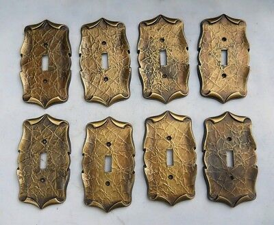 VINTAGE AMEROCK CARRIAGE HOUSE SWITCH PLATE COVERS .Lot of (8)