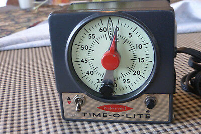TIME-O-LITE P-72 Professional Darkroom Timer - Very Clean - Works Nicely