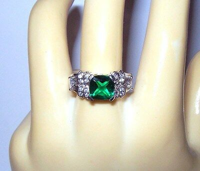 EMERALD GREEN GLASS SQUARE~CLEAR TRIANGLE CZ~Sterling Silver Vtg Ring Sz 7 NOS