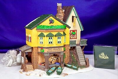 """Dickens Village Herritage Dept 56 """"The Grapes Inn"""" 1996 Complete Set In Box"""