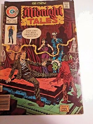 Lot of 2 old comics  Monsters on the prowl #26 and Midnight tales #16