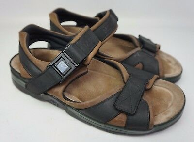 2d1d2e2ce168 Mephisto Shark Sandal Black Leather Green Trim Size 11 US   44 EU  289+