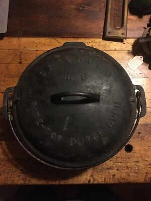 Griswold Cast Iron Vintage Antique #8  Dutch Oven Pot 833 Camping Fishing