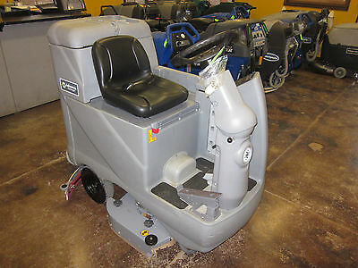 Advance Advenger 3210 Rider Floor Scrubber.  Brand New Scrub Motor and Deck!!!!