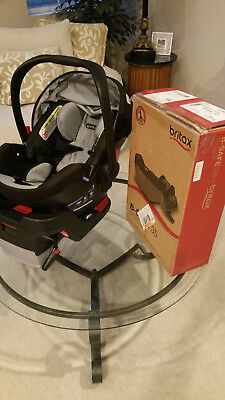 1 Britax Infant Car Seat w a 2nd Britax B-Safe 35 Base for your other car