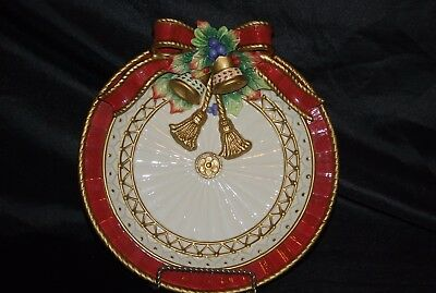 """Fitz and Floyd Handcrafted Christmas Deer Pattern Red Bow Plate 9.25"""""""