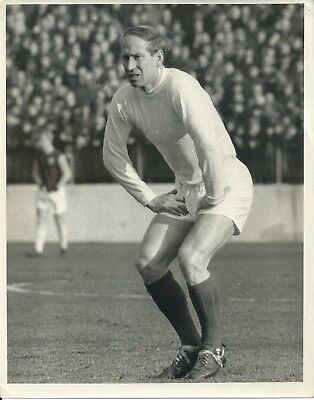 Manchester United FC - Original B & W Press Photograph - Bobby Charlton