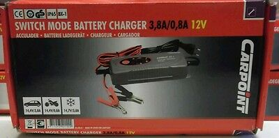 Carpoint Switch Mode Smart Battery Charger 3.8/0.8A 12V Car & Motorbike 0635861