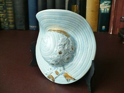 1950's Wall Art - Blue Summer Bonnet Wall Pocket - 22ct Gold Decoration