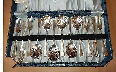 Vintage boxed set of 6 silver-plated sweets spoons and 6 forks, VGC