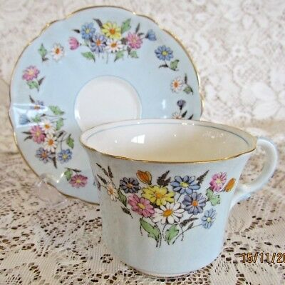 Vintage English Foley China Bone China Teacup and Saucer - Excellent Condition