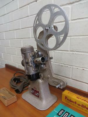 VINTAGE ANTIQUE 606 GB BELL & HOWELL 8mm FILM PROJECTOR - WORKING!