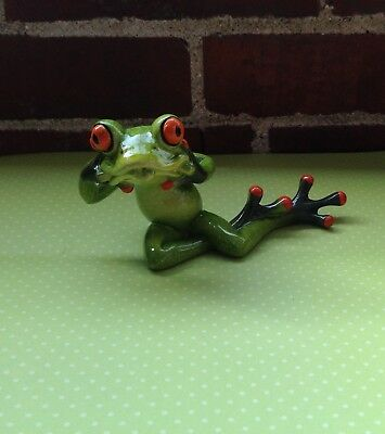 Funny Face Frog Sticking Out His/her Tongue Figurine Nib