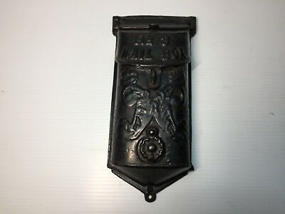 ANTIQUE CAST IRON MAILBOX GRISWOLD No.3 COVERED PEEPHOLE