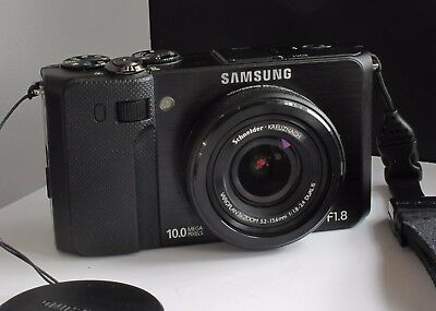 Samsung EX1 Camera Good condition - flip out rear screen  F1.8 large aperture