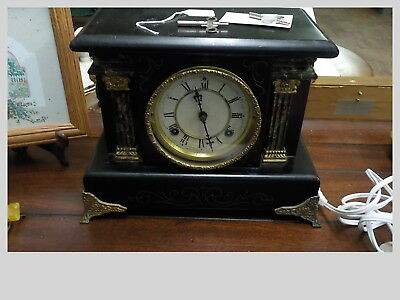 Antique Waterbury Mantle Clock in great condition