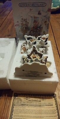 2001 Boyds Bearly Built Villages Town 19033 Hoofer Hall Reindeer Dormitory