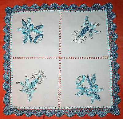 Stunning Vintage Embroidered Blue And White Christmas Doily