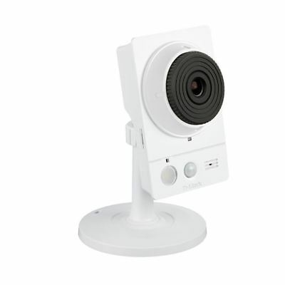 D-Link DCS-2136L HD Wireless AC Day/Night Cloud Network Camera with Color Night