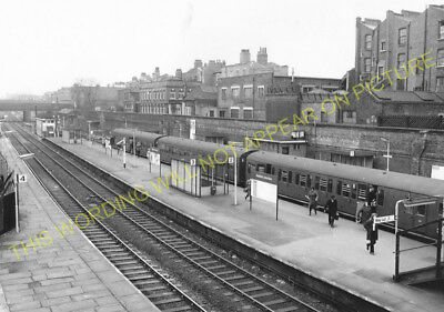 8 Broad Street to Mildmay and Hackney. Dalston Junction Railway Station Photo