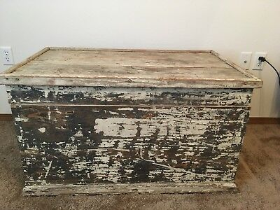 Early 1900's Antique Painted White Pine Trunk Red Felt Interior All Original