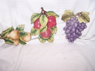 "Home Interiors Fruit wall decor Grapes Pears Apples 8"" Wall Plaque"