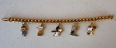 """""""PEANUTS"""" NOVELTY GOLD LINK 5 CHARM BRACELET right out of the box"""