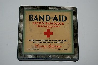 Vintage 1926 Band Aid Speed Bandage Mercuruchrome Hinged Lid Tin - Excellent