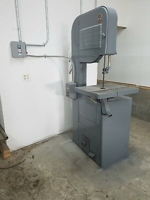 """Estate Sale 2 of 13 1979 ROCKWELL DELTA THREE PHASE 20"""" WOOD BANDSAW"""