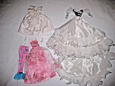 Barbie and similar doll's Vintage and Modern clothes lot