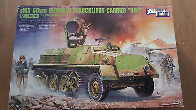 SWS 60cm Infrared Searchlight Carrier UHU 1/35 GWH L3511 in 1/35